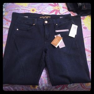 Melissa McCarthy Seven Dark Blue Jeans 14